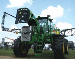 Deere 4930 sprayer
