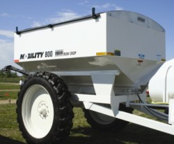Dalton Ag Products Mobility 800 Spreader