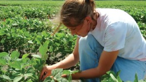Agriculture Jobs May Be Plentiful, But New Grads Are Scarce