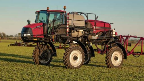 Case IH 2240 Patriot Sprayer