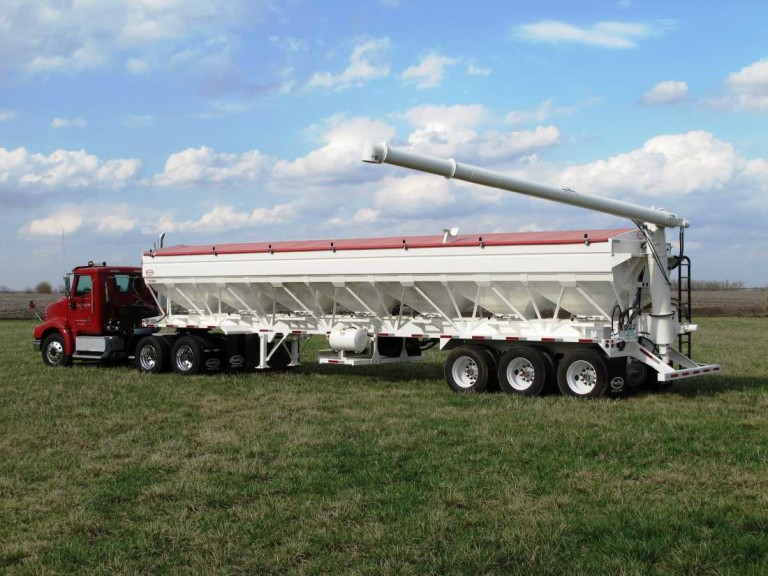 Charger II Fertilizer Tenders | Ray-Man, Inc.