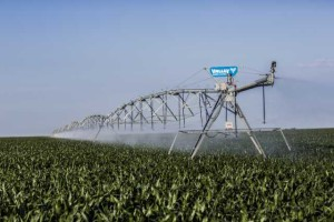 Valley Irrigation 8000 series center pivots
