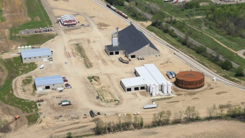 An aerial shot of the new facility at Green Valley Ag in Wayland, MI. The company wanted rail access and increased storage capacity.