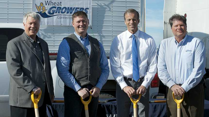From left: Wheat Growers CEO Dale Locken, SD Secretary of Agriculture Lucas Lentsch, U.S. Senator John Thune, Wheat Growers Board President Hal Clemensen.
