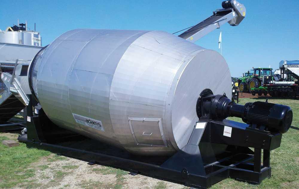 Adams Fertilizer Equipment Direct Drive Rotary Blender