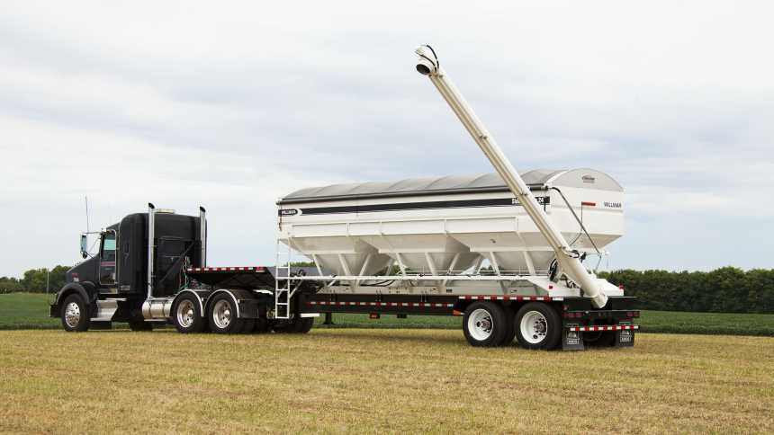 AGCO/Willmar says large units, such as this 24-ton Willmar side shooting tender, continue to be strong sellers heading into 2015.