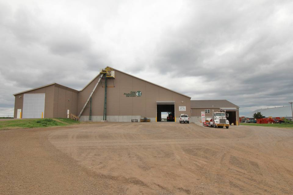 Exterior view of CPS Big Lake facility which includes enclosed receiving and load out area