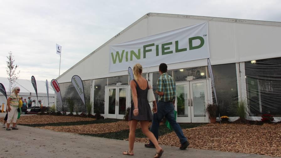 WinField booth Farm Progress