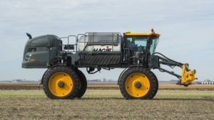 Hagie Manufacturing Releases 2017 STS16 Sprayer To Market