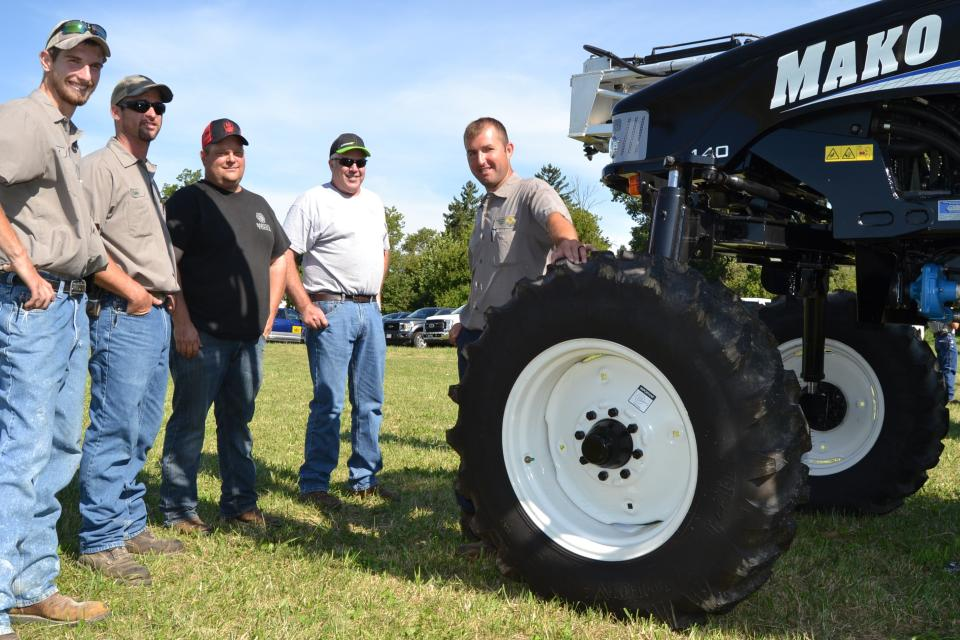 Independent Ag Equipment Field Day [Photo Gallery]