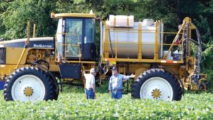 Herbicide Application Timing and Proper Cleanout: Farmers Have Choices, Retailers Don't