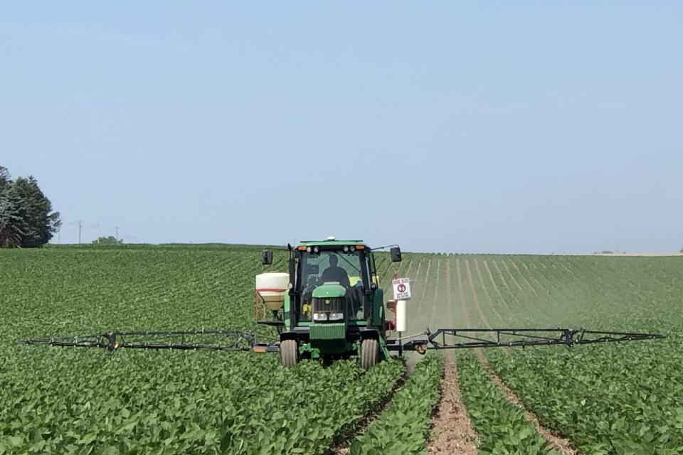 CropLife Advisory Council: 7 Megatrends Impacting Ag Retail Right Now
