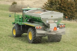 F4365 High-Capacity Nutrient Applicator