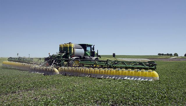 Dicamba Update: Are Hoods the Answer to Drift?