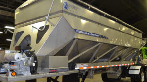 ST900 Fertilizer and Seed Tender
