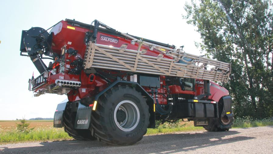 Salford Launches New 90-Foot Air Boom Applicator