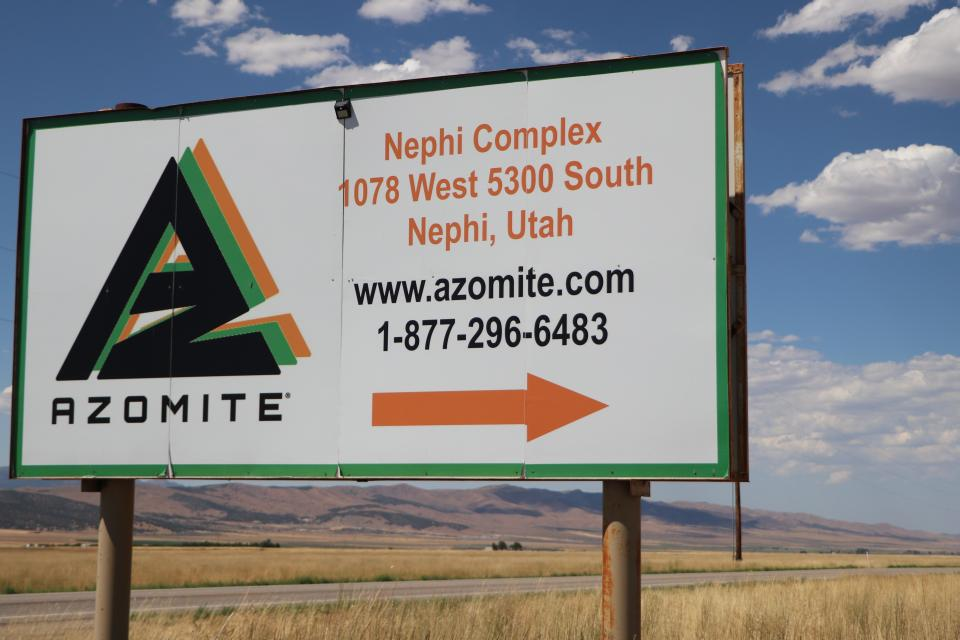 Azomite sign