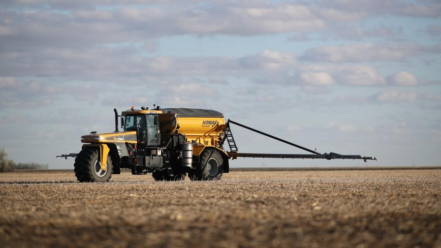 Crop nutrient application Photo courtesy of Mosaic