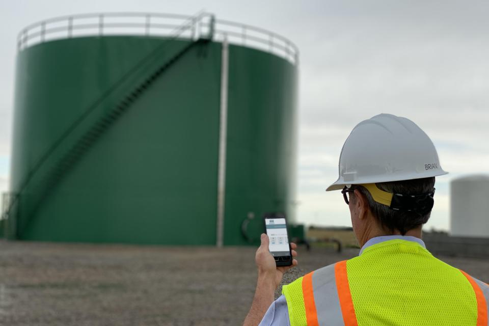 Heartland Tank Services Offers a 'Better Way to Monitor' Remotely